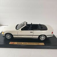 Maisto  Special Edition 1993 BMW 325i CONVERTIBLE WHITE  1:18 scale.