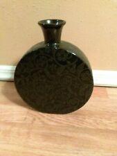 Black Flower Designed Flat Rounded Circle Short Neck Vase