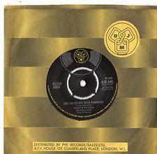 "Elton John - Lucy In The Sky With Diamonds 7"" Single 1974"