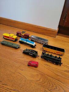 Bachman HO Scale Train Lot 9 Items Trackster Van, Locomotive,  Box Cars, Caboose
