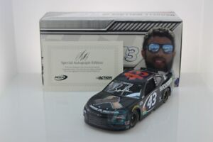 BUBBA WALLACE #43 2020 AUTOGRAPHED BLACK LIVES MATTER 1/24 NEW FREE SHIPPING