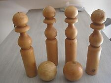 vintage - jeux de 4 quilles et 2 boules en bois