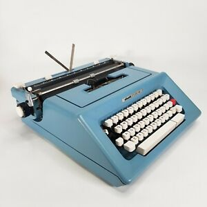 Olivetti Studio 46 Portable Typewriter Blue Cased & Accessories - Made In Spain
