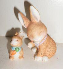 Vintage Avon Porcelain Rabbit Figurine Beautiful Cute Design Nr