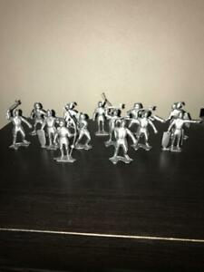13 Silver Marx Recast Medieval Knights - 54mm Scale