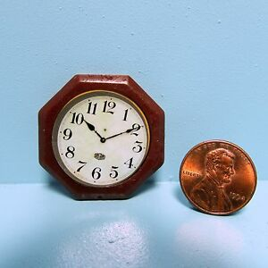 Dollhouse Miniature Simple Wall Clock in Brown Octagon G7082