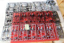 Mantic Reyes De Guerra Enanos Dwarf Ejército Nuevo Lote De Acero guerreros del armazón 42 Modelos