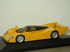 Dauer Porsche 962 Street Version - Minichamps 1:43 in Box *41314