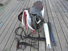 18 JEFFRIES inglese GP Medium ampia sella COB + 4 Equitazione Briglia STAFFE Stivali