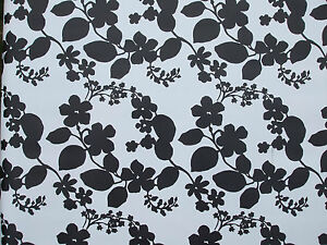 1.4x2.0m PVC/VINYL OIL CLOTH OVAL TABLECLOTH - BLACK & WHITE FLOWER DESIGN