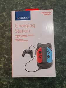 Insignia Joy-Con Charging Station For Nintendo Switch - Black