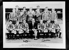 New Newcastle 1969 Fairs Cup 12x16 Photograph Signed By 12 Players