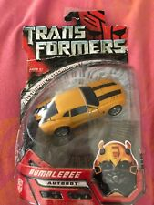 Transformer 2007 Movie BUMBLE BEE AUTOBOT TRANSFORMERS NEW IN PACKAGE