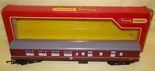 TRIANG HORNBY 00 GAUGE BRAKE 2ND COACH MAROON WITH SEATS  R423