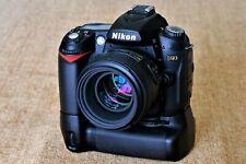 Nikon D90 DSLR w/ Battery Grip