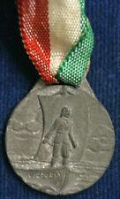 Decorazioni e distintivi militari da collezione dal 1919 al 1945