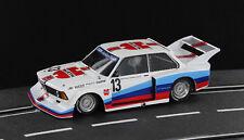 Sideways BMW 320 Gr. 5 Junior Team DRM 1977 Nr. 13 1:32 neu