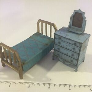 1920s TOOTSIE TOY METAL DOLLHOUSE BEDROOM BLUE BED & DRESSER FURNITURE PARTS LOT