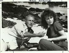 EARTHS FINAL FURY PAUL NEWMAN & JACQUELINE BISSET ORIGINAL NBC 7X9 PRESS PHOTO