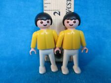 Playmobil figures SET OF 2 IDENTICAL BOYS 1981 black hair yellow & white clothes