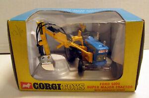 Corgi Toys 74 Ford 5000 Super Major Tractor with Scoop,    original