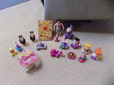 Vtg lot Flintstones Pachinko Pinball Game PVC Figures Plush Dino Fred Wilma toys