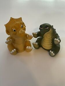 VTG LOT of 2 Land Before Time Hand Puppets Pizza Hut 1988 Cera Spike