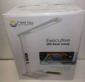 White Ottlite Executive LED Desk Lamp with 2.1A USB Charging Port New Open