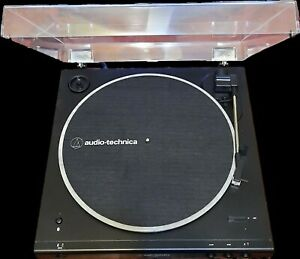 Audio-Technica AT-LP60XBT Fully Automatic Wireless Belt-Drive Turntable