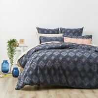 Park Avenue Medallion cotton Vintage washed Tufted Quilt Cover Set Blue