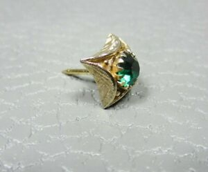 Vintage Green Stone Yellow Gold Plated Tie Tac or Lapel Pin