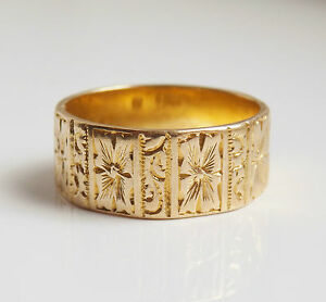 Fine Antique Victorian 18ct Gold Floral Engraved Wedding Ring c1897