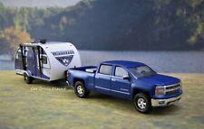 2014 - 2019 Chevy Silverado + Winnebago Camper collectible diorama models 1/64