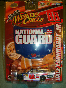 2008 Winners Circle Dale Earnhardt Jr #88 NATIONAL GUARD COT With Hood NEW 1/64