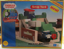THOMAS THE TANK-WOOD SCRAP YARD LUMBER 2004 **NIB/RETIRED/RARE**USA**LAST ONE**