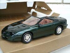 AMT Ertl 1995 Chevrolet Camaro Convertible 1:25 Pormo Car in Box