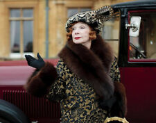 Downton Abbey UNSIGNED photograph - L6668 - Shirley MacLaine - NEW IMAGE!!!