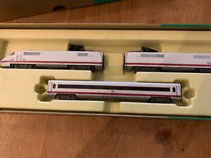 MINITRIX Spur N 12996 ICE Triebzug 3-teilig aus Sammlungsauflösung