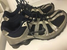 Nike Show mens shoes sneakers Awesome Pair Of Kicks Sz 10