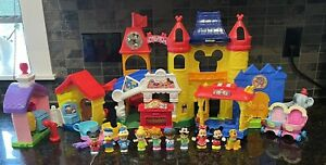 Fisher Price Little People Day at Disney Magic Kingdom Playset Teacups Trolley