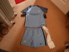 BNWT boys Nike MANCHESTER CITY Man City MCFC football kit inc socks age 7-8