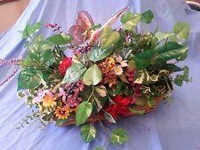 F07 Garden Flower Arrangement in Wicker - Mixed Spring Flowers & Large Butterfly