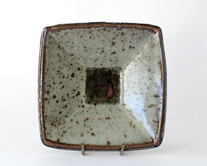 JANET LEACH, LEACH POTTERY St Ives - Squared Stoneware 'Repeat' Dish