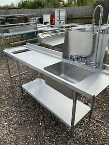 Single Bowl Dish Washer Sink With Spray Rinse Hose. Read Full Description.