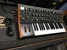 Moog Sub 37 Tribute Edition Analog Synthesizer Sub37 synth box13761 //ARMENS//