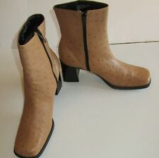"""AMANDA SMITH Womens Windsor Beige 2.5"""" Heel Ankle Leather Boots Square Toe 9M"""
