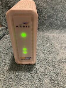 Arris Surfboard SBG6700-AC DOCSIS 3.0 Cable Modem Wi-Fi AC1600 Router White