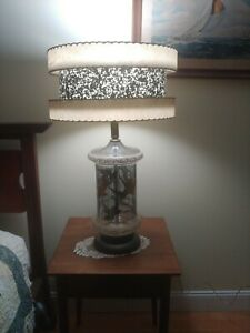 VTG MCM Mid Century Modern Lamp 2 Tier Fiberglass Shade Bird Silhoette Base WOW