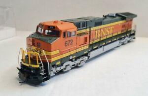 "Athearn Ready To Roll  Dash 9-44CW Diesel BNSF ""H2"" #672"