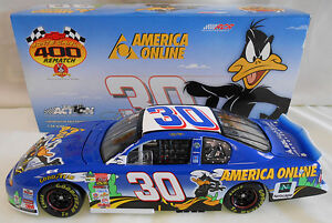 JEFF GREEN 2002 # 30 AOL / LOONEY TUNES REMATCH 1/24 ACTION